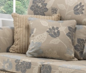 scatter_cushions